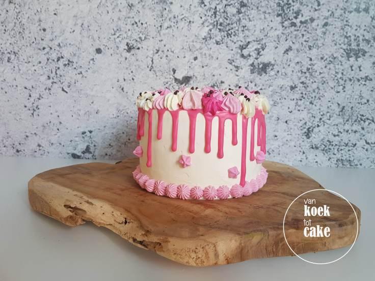 babyshower-kraamfeest-geboorte-verjaardagstaart-roze-3