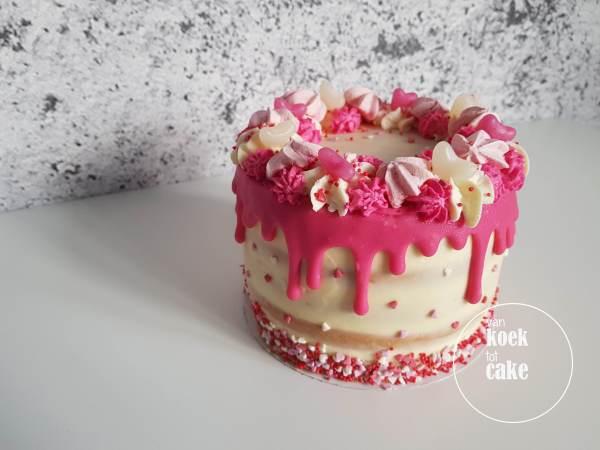 Valentijnstaart Valentijn Taart van koek tot cake