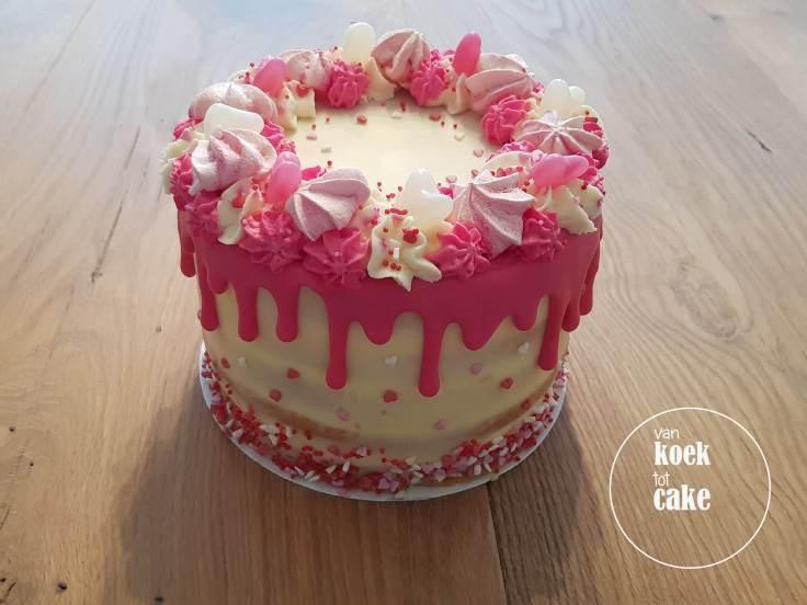 Valentijnstaart-Valentijn-taart-van-koek-tot-cake-6