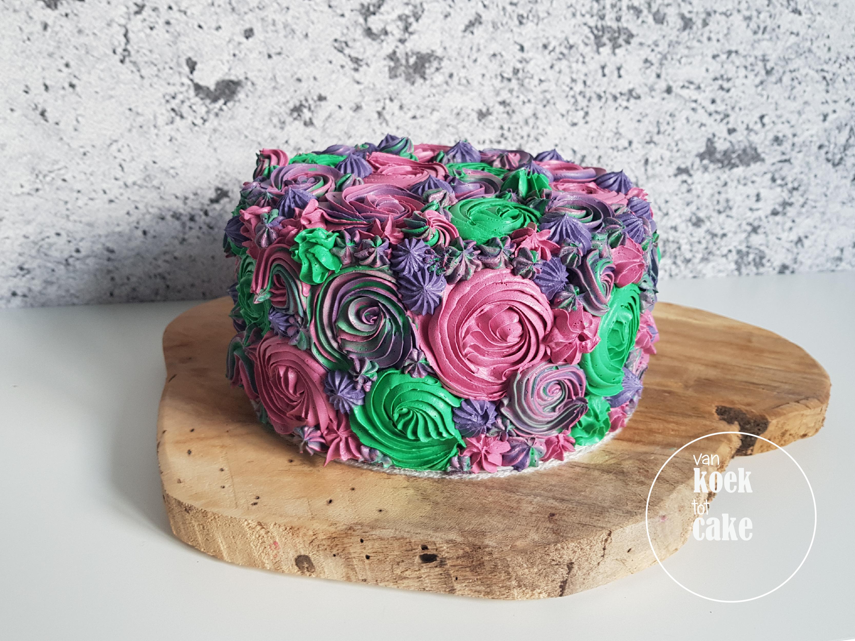 Welp ECLAIRS & TAART| Eclairs en een taart vol met botercrème bloemen NO-45