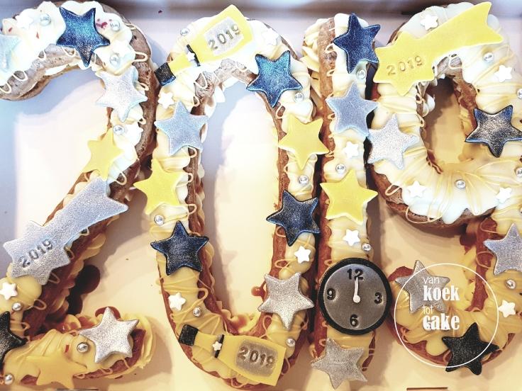 oud-en-nieuw-eclair-gebak-bestellen-middelburg-vlissingen-oost-souburg-van-koek-tot-cake