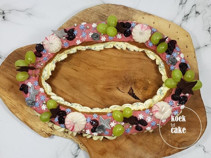 Eclair winter lente met druiven cranberries en schuimpjes - bestellen - van koek tot cake middelburg vlissingen oost-souburg