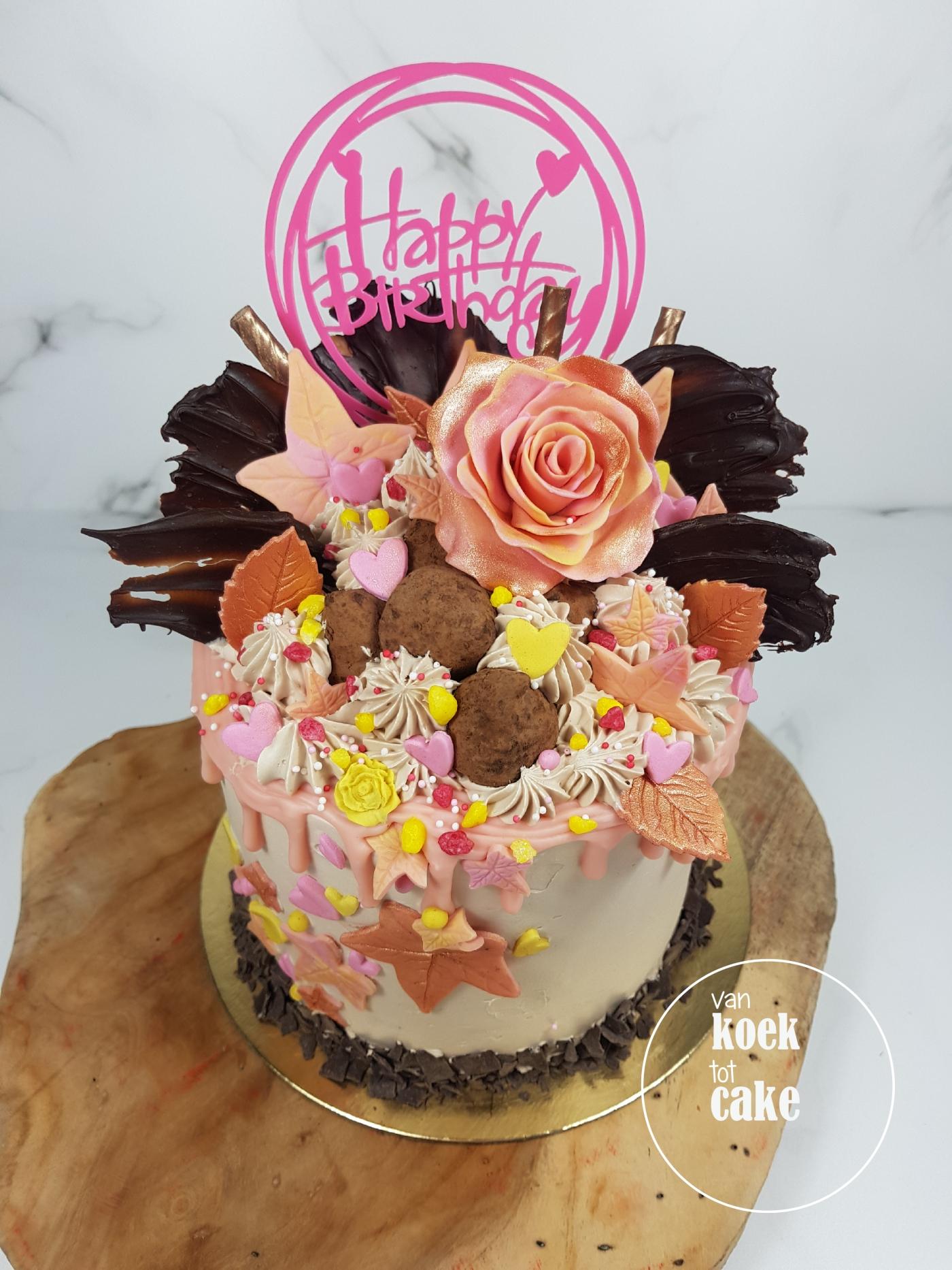 Verjaardagstaart rosé gold geel en roze - bestellen Vlissingen Middelburg Oost-Souburg