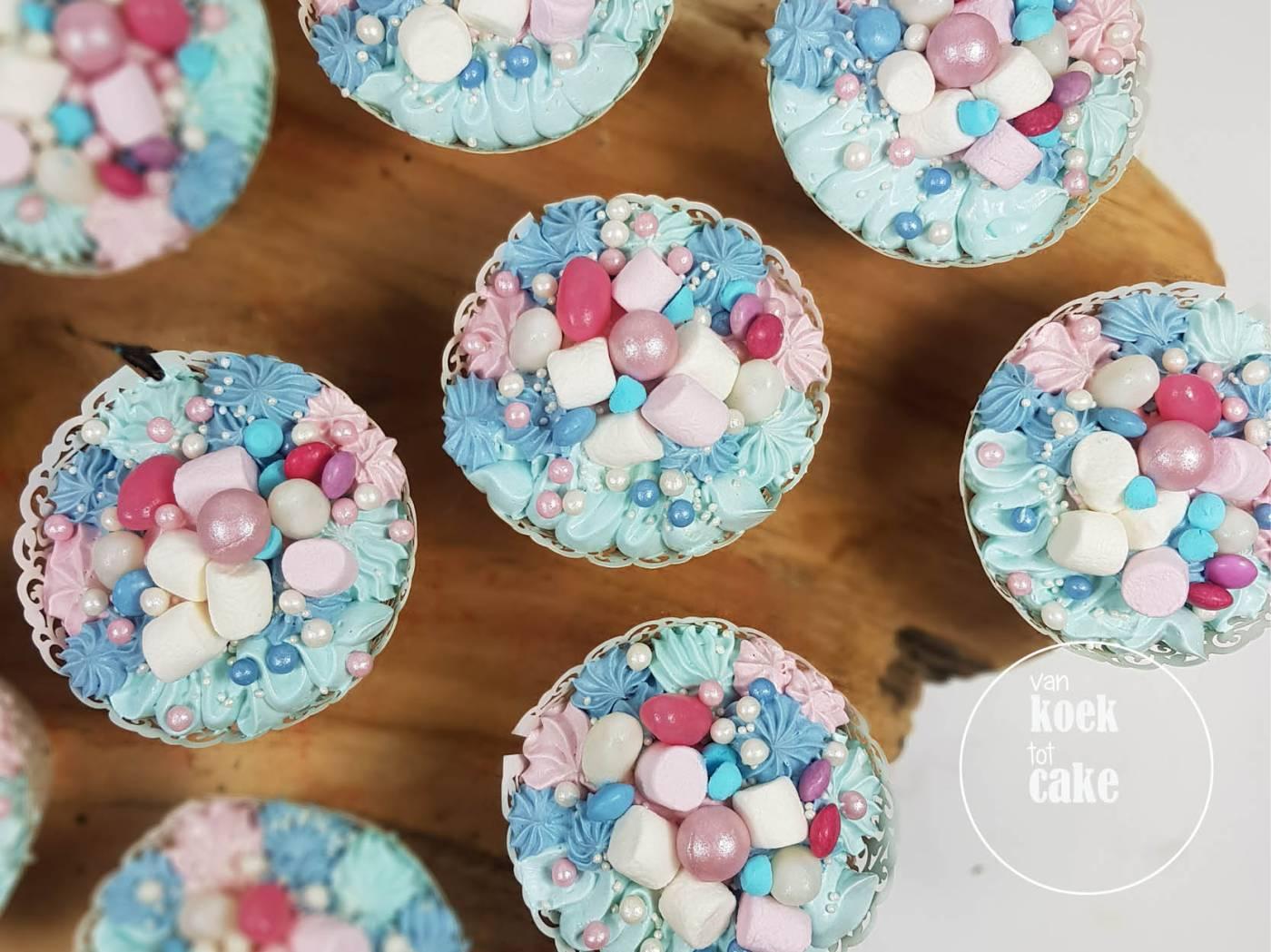 Gender reveal party cupcakes en taart | Bestellen Vlissingen Middelburg Oost-Souburg