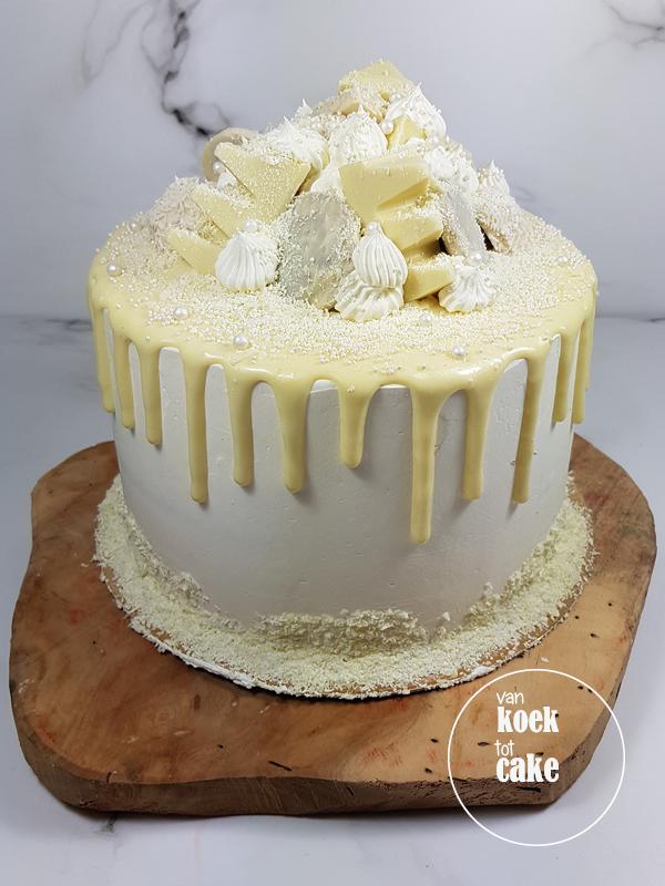 Witte chocolade drip cake taart met repen | Bestellen Vlissingen Middelburg Oost-Souburg | van koek tot cake