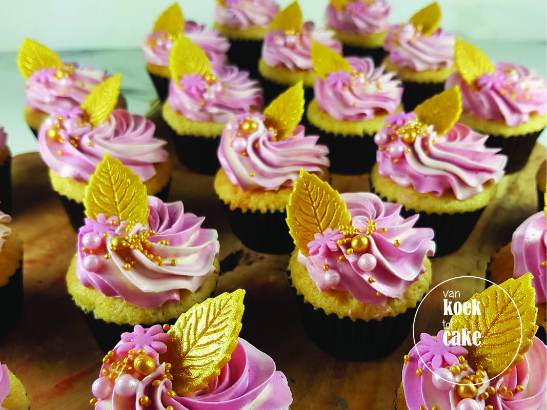 Mini cupcakes met toef roze goud | taart bestellen Vlissingen Middelburg Oost-Souburg | Zeeland - Walcheren