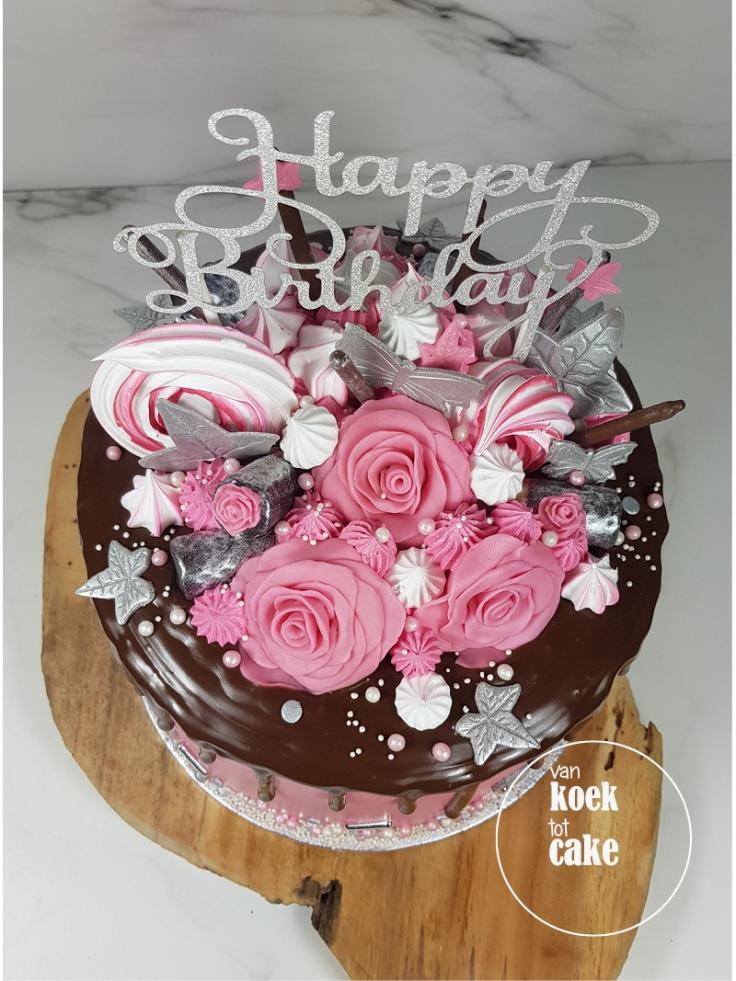 Verjaardagstaart dripcake roze zilver rozen taart | bestellen Zeeland Walcheren Oost-Souburg Vlissingen Middelburg | van koek tot cake
