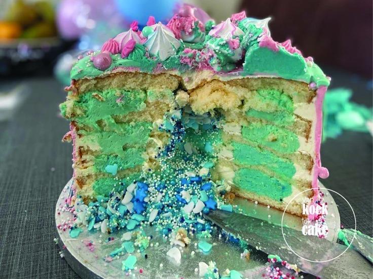 Gender reveal drip cake taart | Bestellen Zeeland Walcheren Middelburg Oost-Souburg Vlissingen