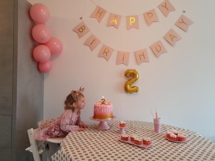 Nijntje cupcakes met toef thema roze en goud | Cupcakes en taart bestellen Zeeland Walcheren Vlissingen Middelburg Oost-Souburg